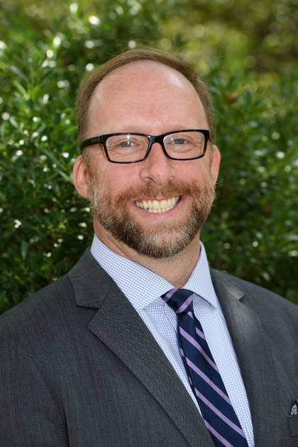 Jonathan Plucker Headshot
