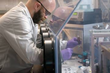 Researchers from APL work on their improved lithium-ion battery