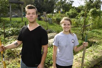 Will Wisner-Carlson and Lizzie Crespi in Carmine Garden