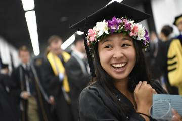 Students prepare for Commencement