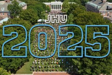 Johns Hopkins Class of 2025 class photo on Keyser Quad