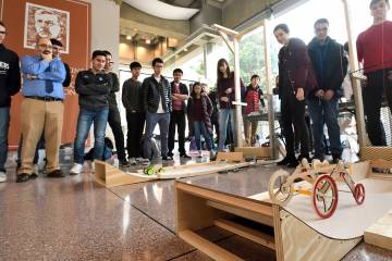 Students participate in mechanical engineering design competition