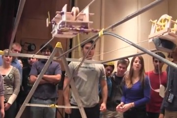 Mousetraps and rubber bands competition