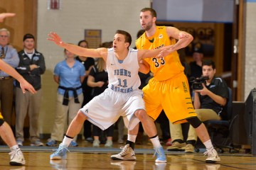 George Bugarinovic posts up against Skidmore in NCAA tournament game