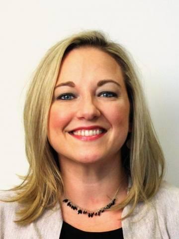 Stefanie DeLuca Headshot