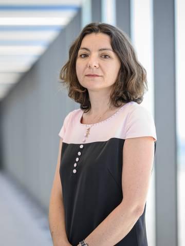 Emilia Simeonova Headshot