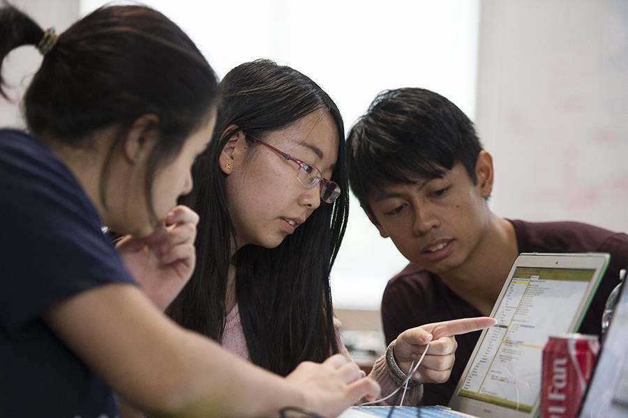Big ideas, little sleep: Students tackle medical challenges at JHU's first-ever MedHacks hackathon