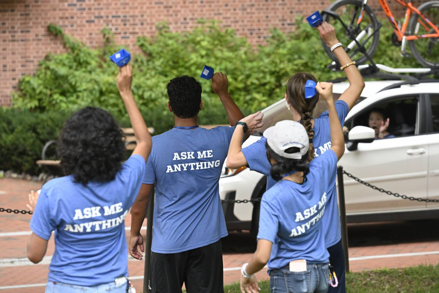 First year mentors greet new Blue Jays