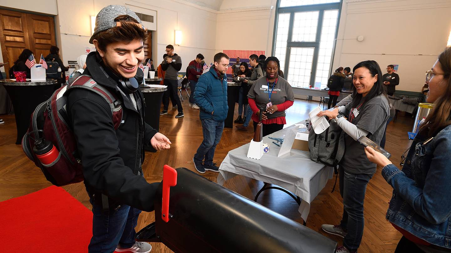 Students vote at Johns Hopkins Absentee Ballot Party