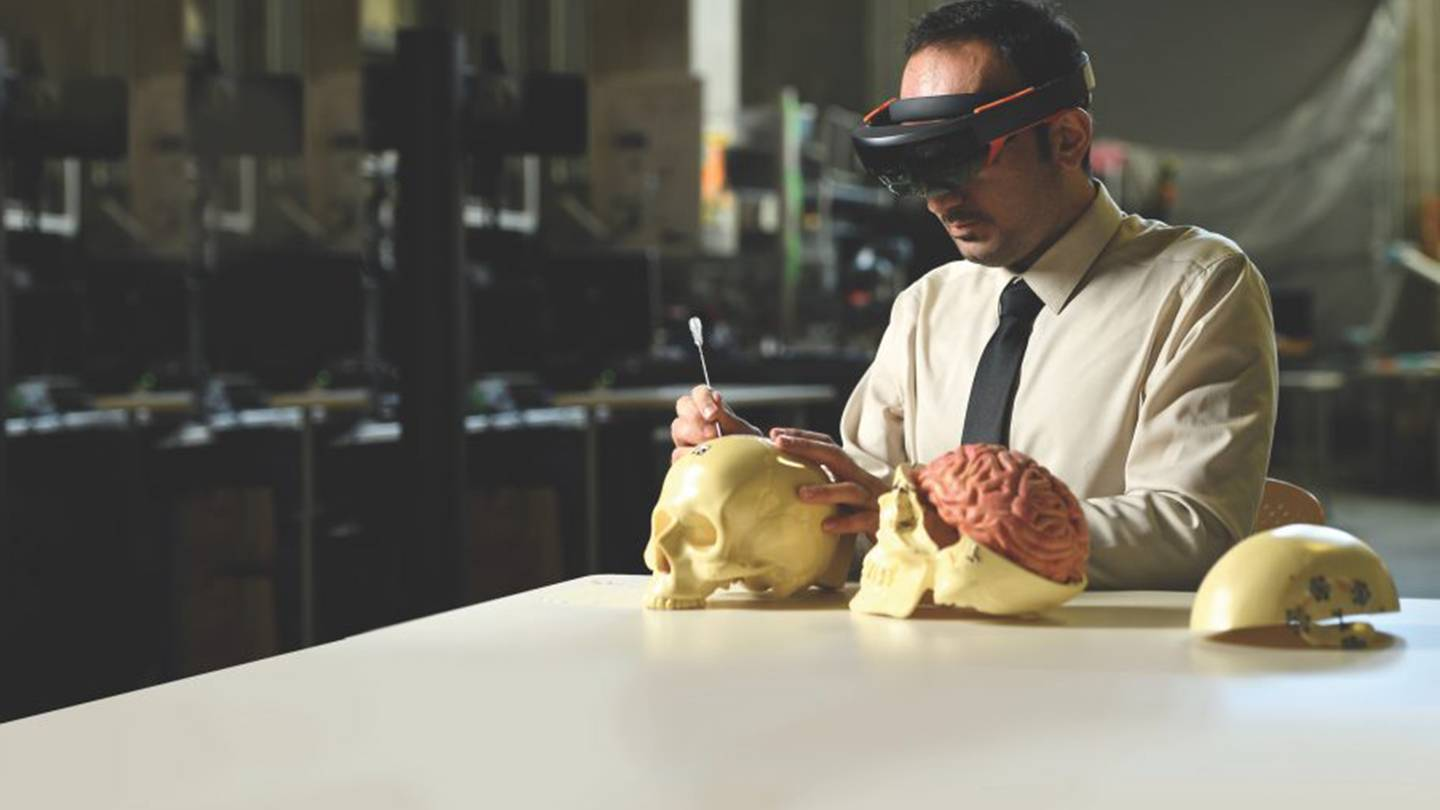 Mixed reality' makes for better surgeons | Hub