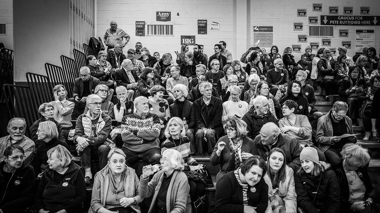 Caucus-goers in Precinct 61