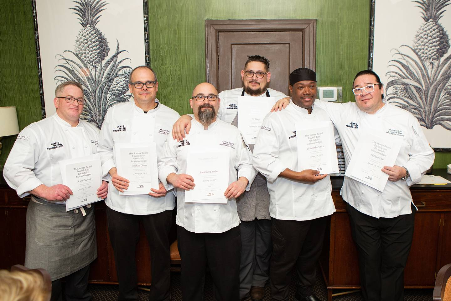 Group photo of chefs