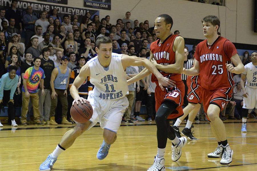 George Bugarinovic plays basketball