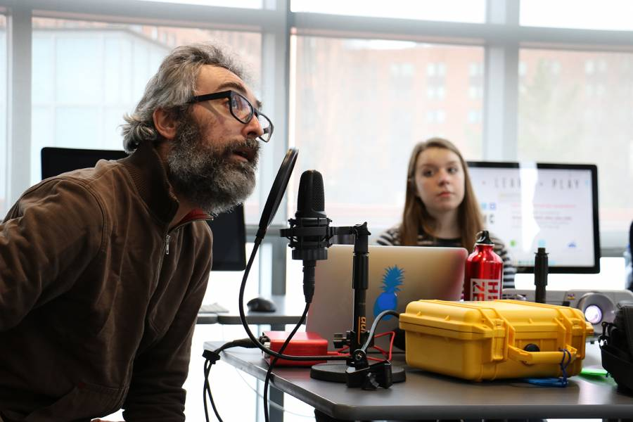 Tom Boran teaches Podcast Bootcamp class