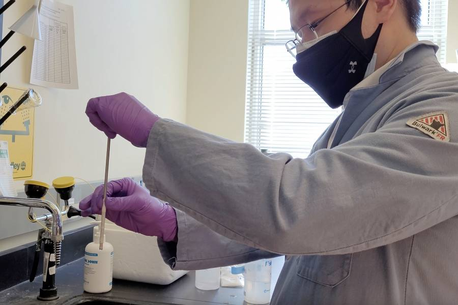 Innerva team member Michael Lan in the lab