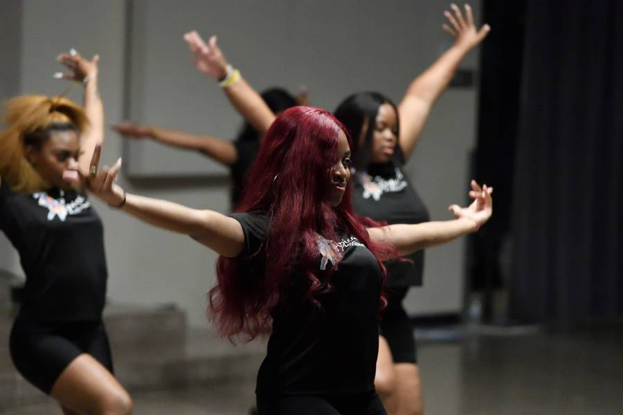 Students perform at second annual Black Heritage Showcase