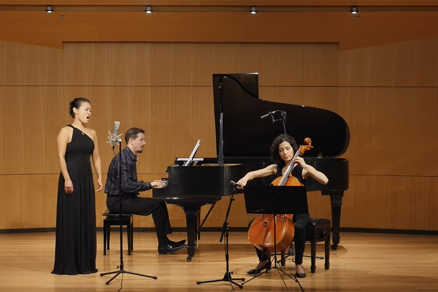 Corvus Ensemble performs