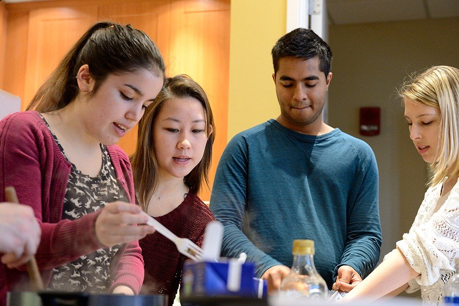 JHU junior Emily Hu teaches cooking class