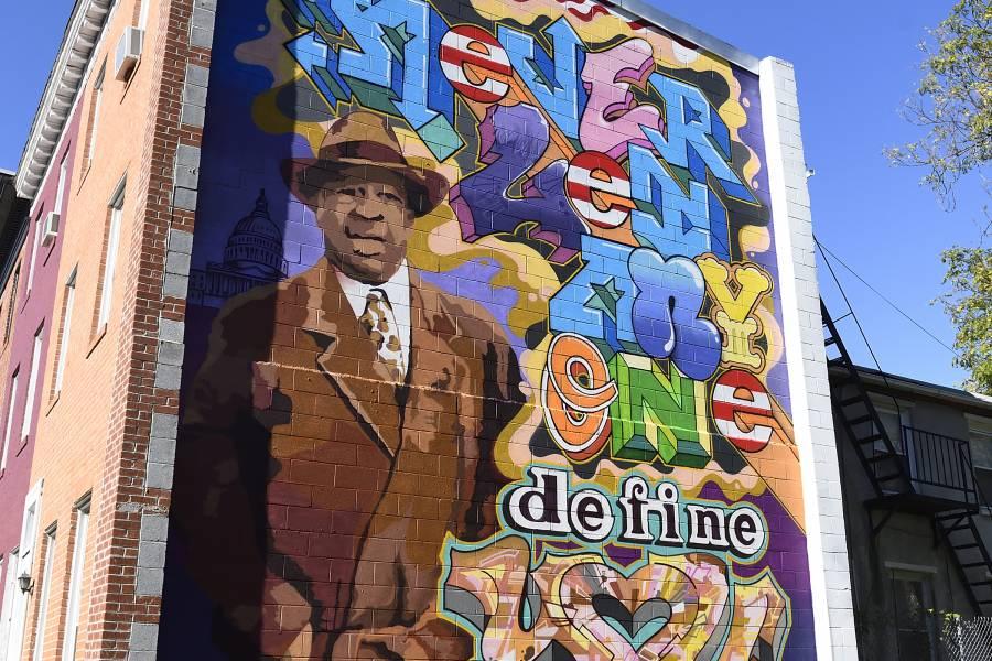 Elijah Cummings mural