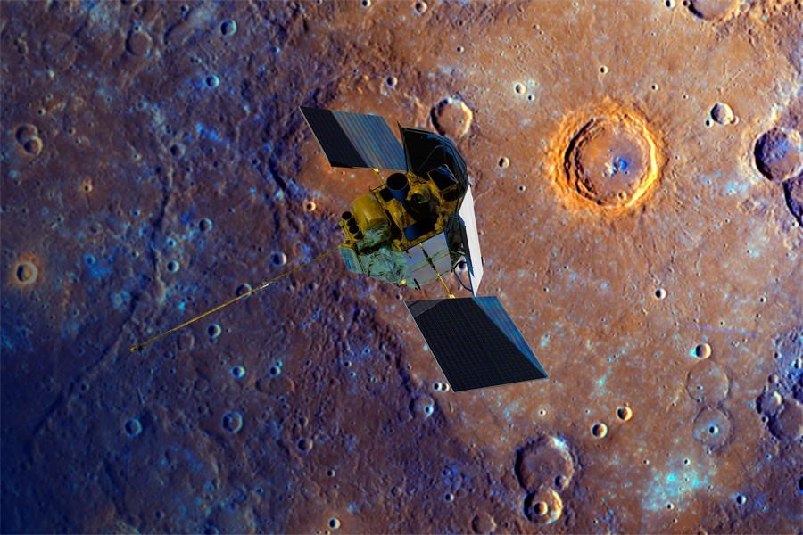 Messenger spacecraft orbits Mercury