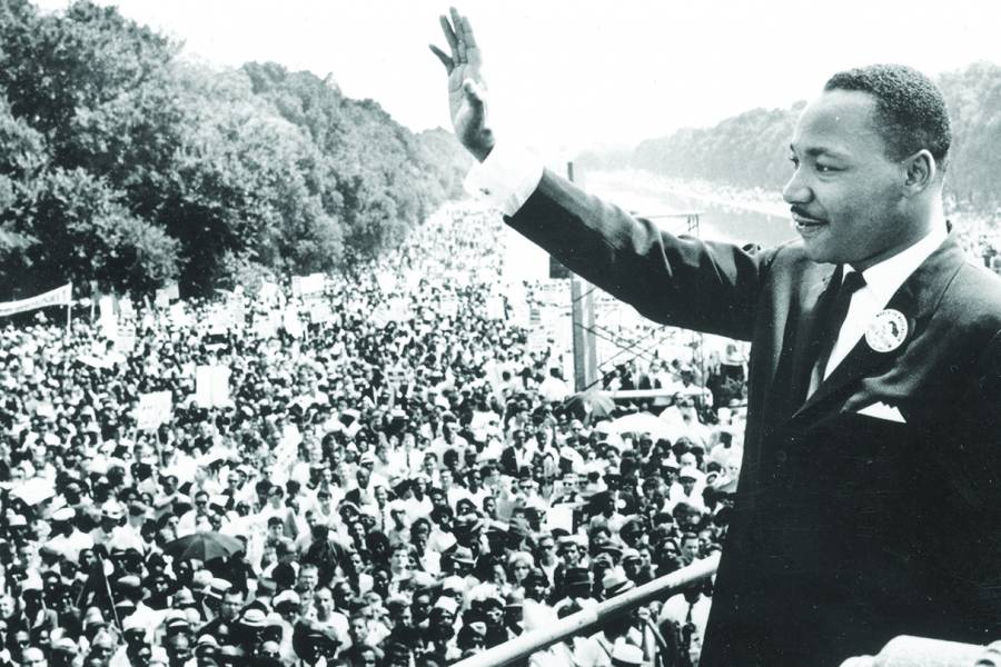 Martin Luther King Jr. speaks at Lincoln Memorial
