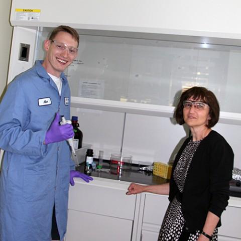 Graduate student Alexander Komin (left) and materials scientist Kalina Hristova.